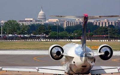 Airplane at Reagan National Airport