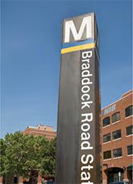 Braddock Road Metro sign